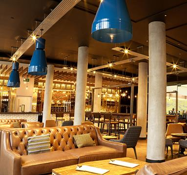 Store Street Exchange and Store Street Craft Bar opens at the DoubleTree by Hilton